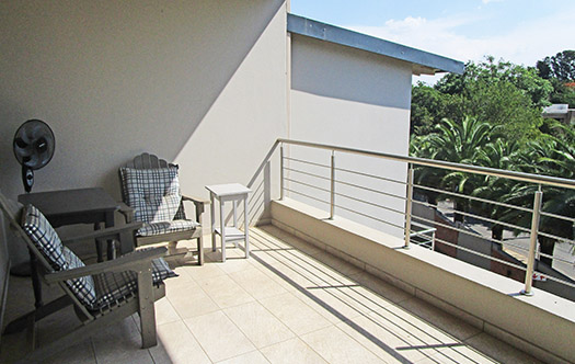 Image 10 for Luxurious Top Floor Apartment - Bryanston
