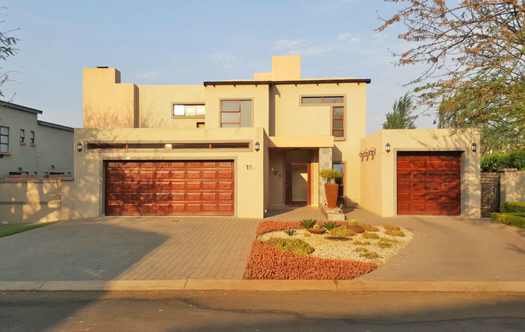 Image of Beautiful 4 Bedroom Home - Midstream Estate